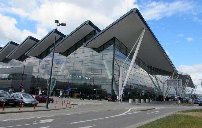 Міжнародний Гданський аеропорт імені Леха Валенси