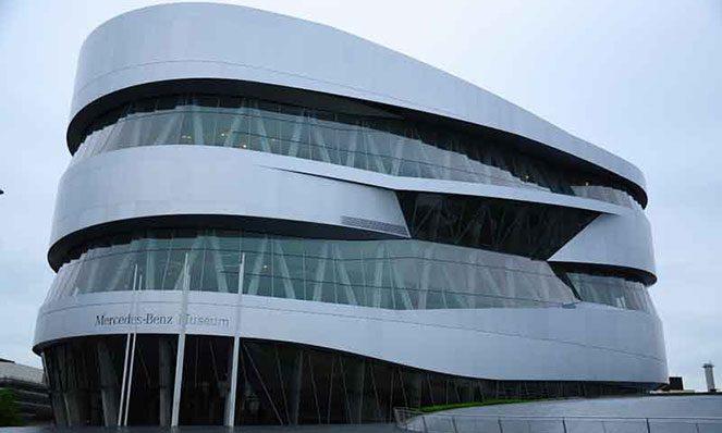 Музей Mercedes-Benz в Штутгарті