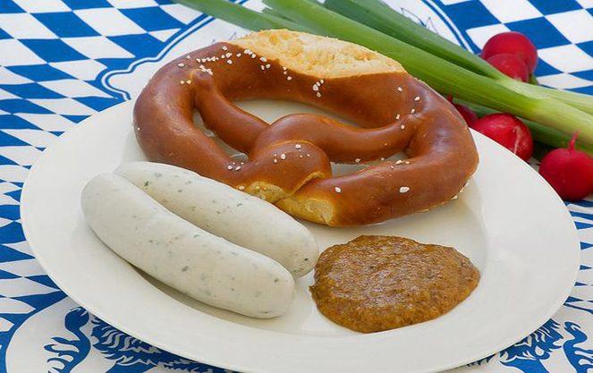 Склад баварських сосисок