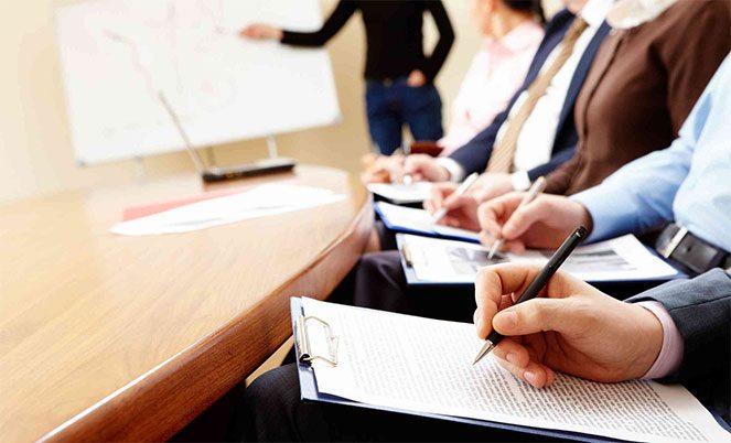 Особливості практики та стажування