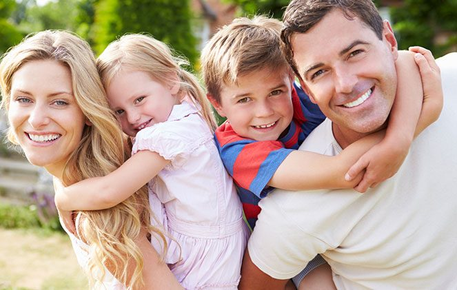 Возз'єднання родини в Іспанії