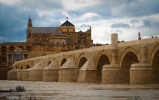 Давньоримський стиль в іспанській архітектурі