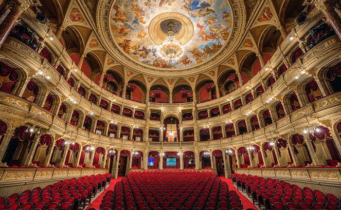 Баварська державна опера всередині