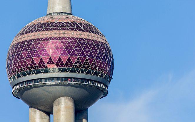 Берлінська телевежа крупним планом