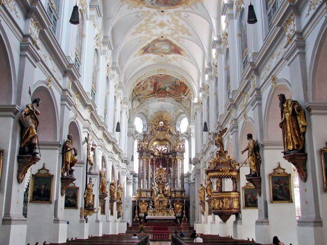 Церква Святого Петра у Мюнхені