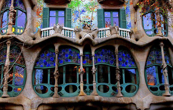 Будинки в Барселоні за проектом Гауді