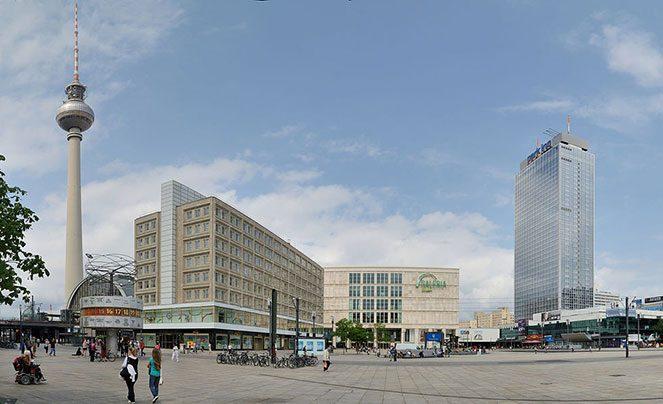 Як дістатися до Alexanderplatz