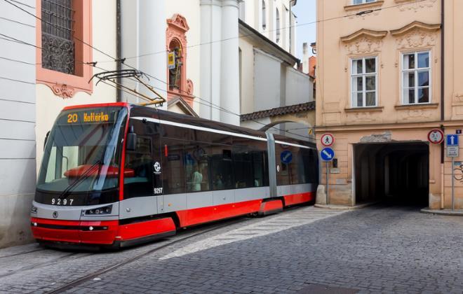 Громадський транспорт у Празі
