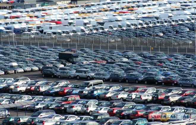 Де купувати машину