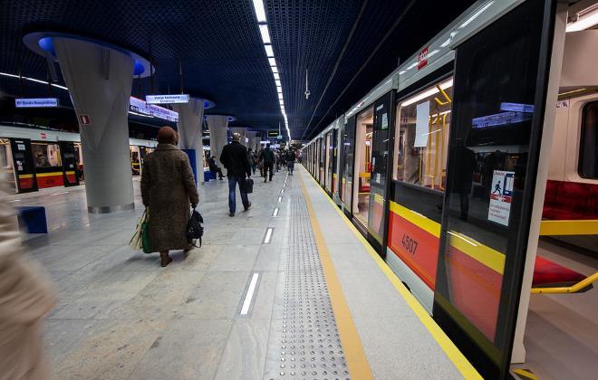 Рухомий склад варшавського метро