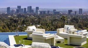 купити будинок в Los Angeles