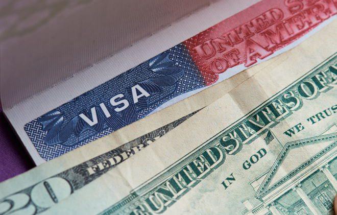 Як украинецу відкрити візу для поїздки в США