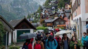 Туристи в Австрії