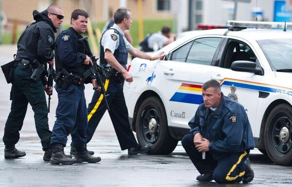 зарплата поліцейських в Канаді