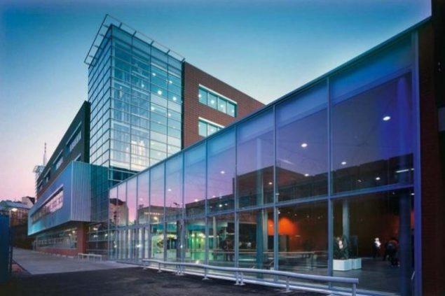 Вища школа економіки в Празі